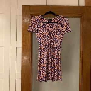 TOPSHOP Stretchy Purple And Red Floral Dress